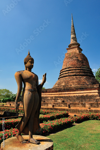 Fotografie, Obraz  Buddha statue in Sukhothai