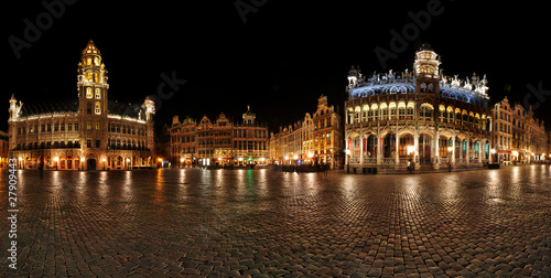 Foto op Canvas Brussel Night panorama of Grande Place,Grote Markt Brussels, Belgium