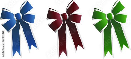 Weihnachtliche Geschenkschleife in verschiedenen Farben