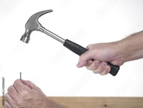 Fotografie, Obraz mano di uomo che impugna un  martello