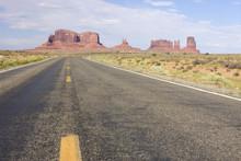 Monument Valley Road, Utah