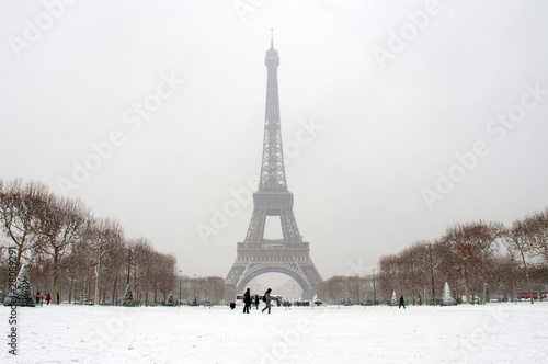 Photo Tour Eiffel sous la neige - Paris