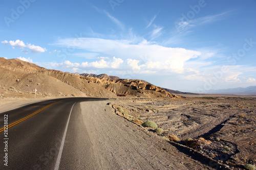 Photo Stands Eggplant Death Valley Route
