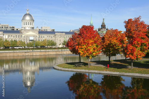 Papiers peints Canada Old Montreal in autumn, Quebec, Canada
