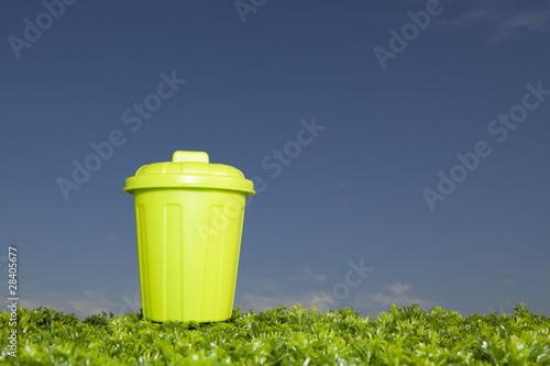 Fototapety, obrazy: Gree Recycling Bin
