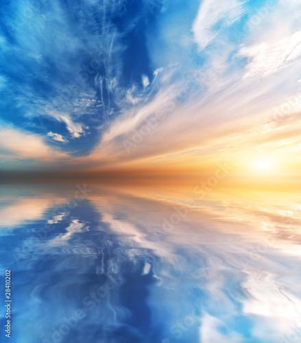 Foto auf Gartenposter Wasser Sky background and water reflection. Element of design.