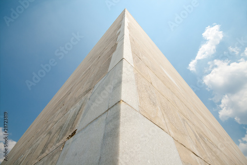 Fotografia, Obraz  Wide angle shot of Washington Monument in Washington DC