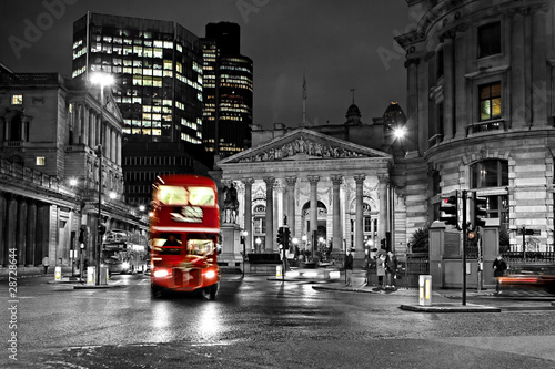 Tuinposter Londen rode bus Royal Exchange London