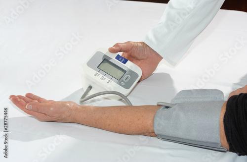 Fotografía  Misurazione della pressione