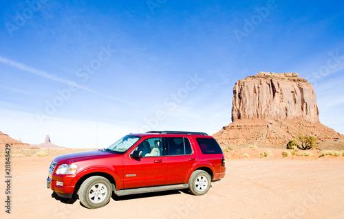 Plakaty motoryzacja   terenowka-na-pustyni