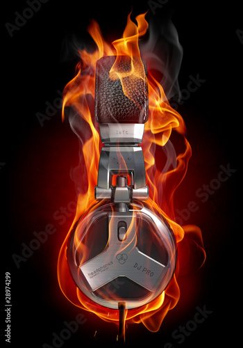 Montage in der Fensternische Flamme Headphones in fire