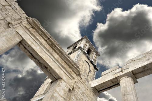 Il tempio di ercole Cori (LT) Fotobehang