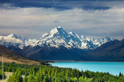 Poster Nouvelle Zélande Mount Cook and Pukaki lake, New Zealand