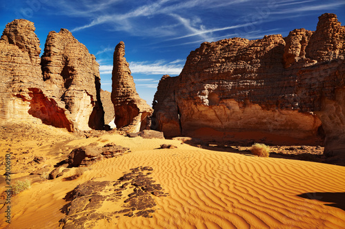 Keuken foto achterwand Algerije Bizarre sandstone cliffs in Sahara Desert, Tassili N'Ajjer, Alge
