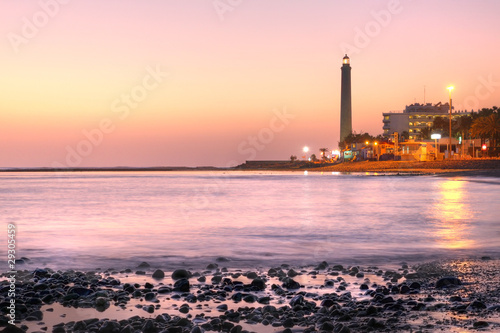 Poster Rose clair / pale Maspalomas lighthouse, Gran Canaria, Spain