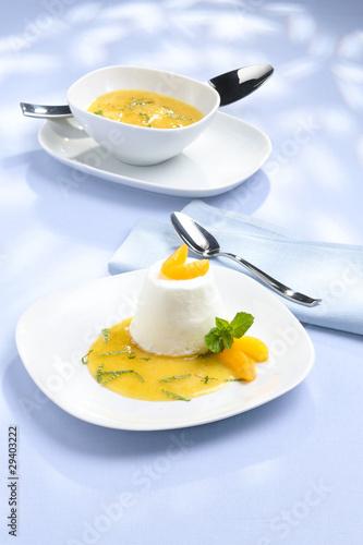 Fotografía  parfait au yaourt à l'abricot
