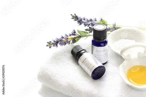 Fotografie, Tablou Aroma essential on white towel
