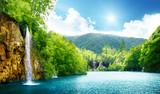 wodospad w głębokim lesie - 29434401