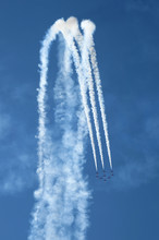 Airshow - Red Arrows - BAE Haw...