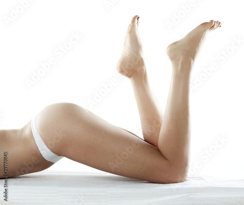 Fototapeta jambes féminines et fesses galbées obraz