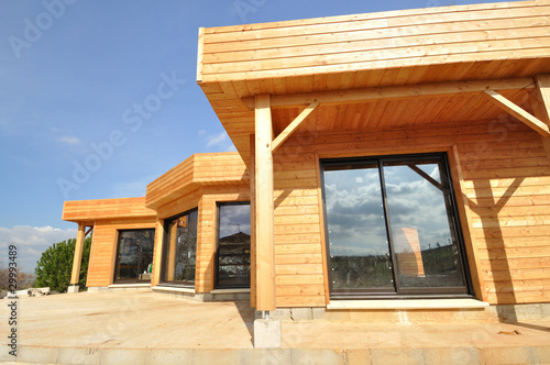 Photo  Maison en bois en construction