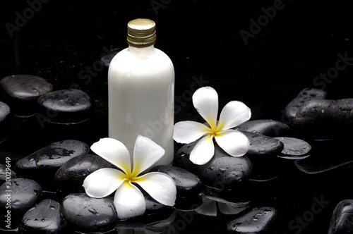 Poster Spa Spa still life with bottle of essential oil