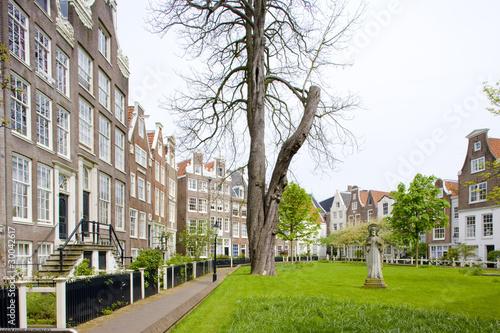 Photo  Begijnhof, Amsterdam, Netherlands