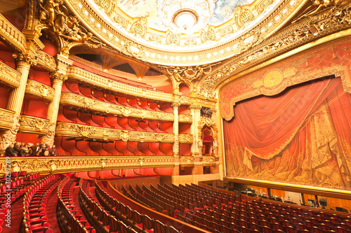 Fototapeta the interior of grand Opera in Paris