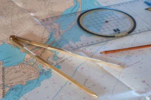 matériel et cartographie maritime