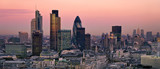 Fototapeta Londyn - City of London at twilight