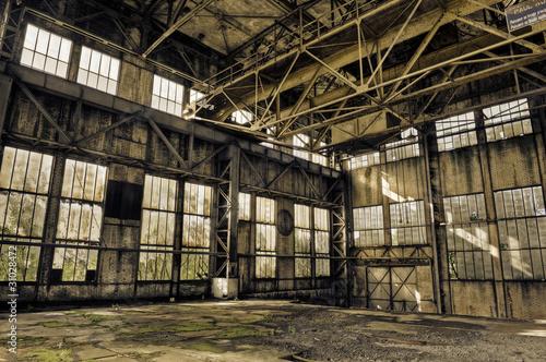 Papiers peints Les vieux bâtiments abandonnés Interior of a derelict industrial building