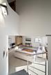 interno casa moderna arredata