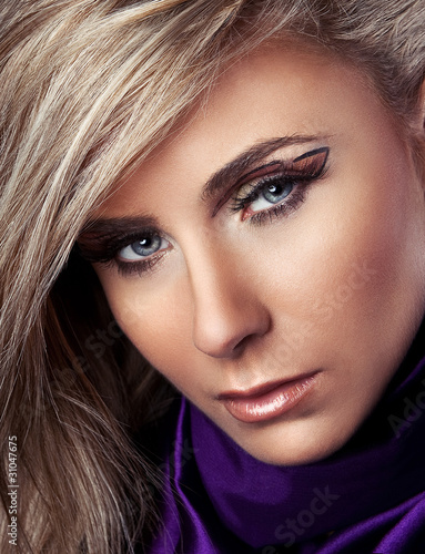 Fototapeta Beautiful portrait of blonde beauty obraz