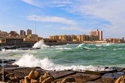 Foto auf AluDibond Stadt am Wasser the coast of Alexandria, Egypt