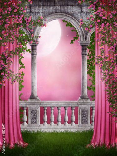 rozany-ogrod-z-zaslonami