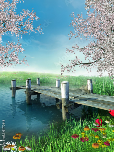 Molo z wiosennymi kwiatami i drzewami - 31172648