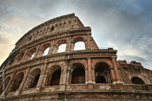 Photo  The Colosseum in Rome, Italy