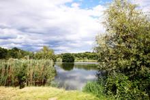 Piccolo Lago Tranquillo Nella ...