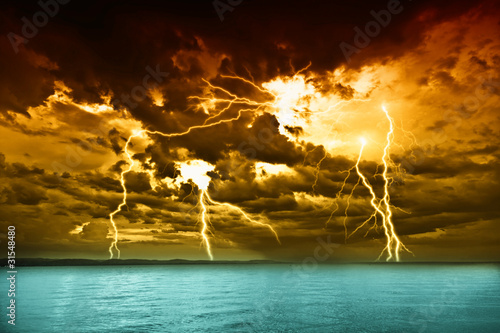 Foto op Plexiglas Onweer storm over the lake Balaton