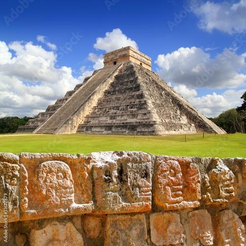 Papiers peints Mexique Chichen Itza Tzompantli the Wall of Skulls