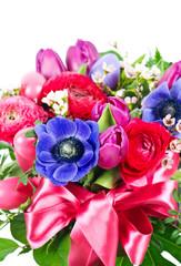 Obraz na płótnie Canvas colorful easter flowers bouquet