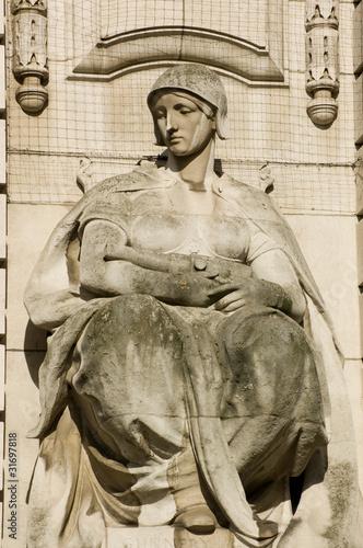 Fotografija  Gunnery statue