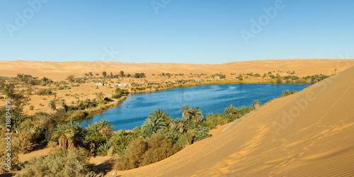 Fotografia Gaberoun Lake - Desert Oasis, Sahara, Libya