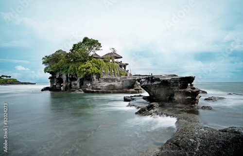 Foto-Leinwand - Tanah Lot Temple, Bali - Long exposure