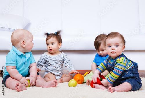 Four babies group © 2xSamara.com