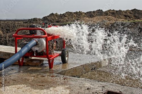 Staande foto Industrial geb. Industrial Water Pump