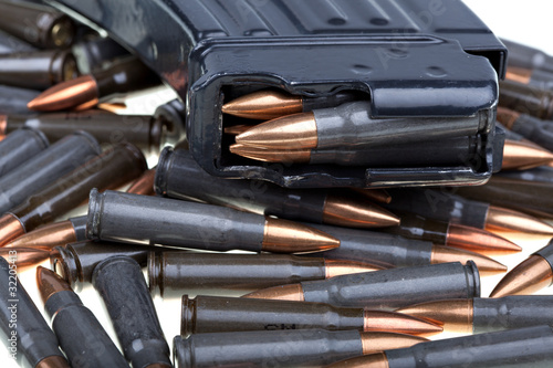 Obraz na plátne AK 47 ammo with mag