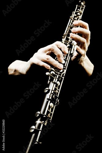 La pose en embrasure Musique Oboe musical instrument of symphony orchestra.