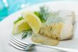 Seelachsfilet mit Dillsoße und Zitronenecken