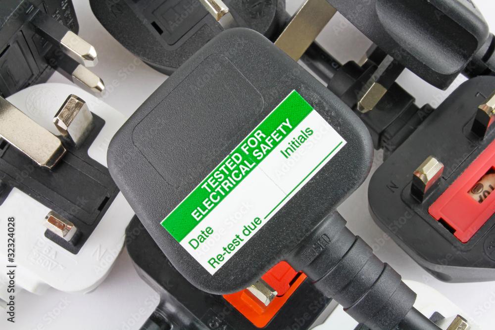 Fototapeta blank pat test uk plugs